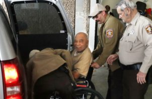 El acusado, en silla de ruedas y con malas condiciones de salud. Foto: EFE