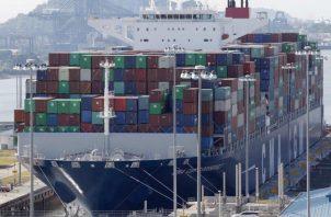 La balanza comercial de Panamá en general es negativa, ya que importa más y exporta menos. EFE
