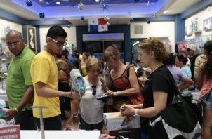 Entre los extranjeros que más han sido retenidos por Migración, figuran los colombianos, nicaragüenses t los venezolanos.