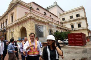 Juan Carlos Varela prepara 'Rumba de fin de Gobierno' en el Teatro Nacional. Foto: Presidencia de la República.