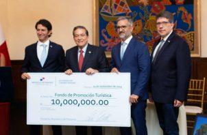 Con la entrega de 10 millones de dólares al Fondo de Promoción Turística reafirman compromiso de impulsar la  actividad turística.