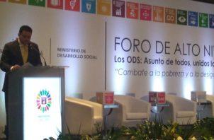 Participan en foro sobre los ODS. Foto de cortesía