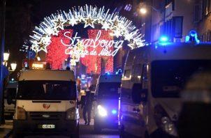 Estrasburgo, ubicada a unos 500 kilómetros (310 millas) al este de París, comparte frontera con Alemania. FOTO/EFE