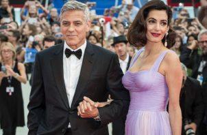 George y Amal Clooney.  AP