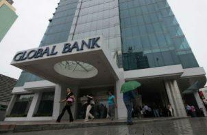 Global Bank incorporará más de $1,800 millones en activos. Foto/Archivo