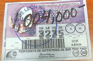 Este es el billete del Gordito del Zodiaco que compró el joven chiricano en su provincia.