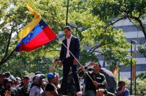 El 30 de abril y el 1 de mayo de este año Juan Guaidó llamó al pueblo a revelarse contra la dictadura de Nicolás Maduro.