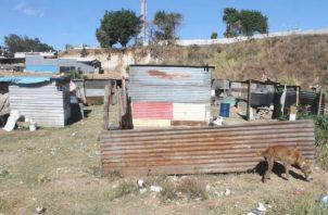 Piden que remesas se reorienten a la inversión en vivienda. Foto: Cortesía