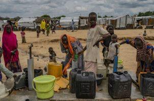La aldea de Konduga es sede de un campamento para decenas de miles que huyen de la guerra con Boko Haram. Foto/ Laura Boushnak para The New York Times.