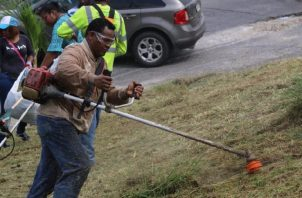 Héctor Valdés Carrasquilla realizó su primera jornada de limpieza en el distrito. Cortesía