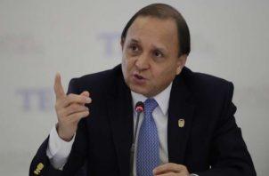 El magistrado Heriberto Araúz sustentó su salvamento de voto del por qué Ricardo Martinelli podía ser candidato.