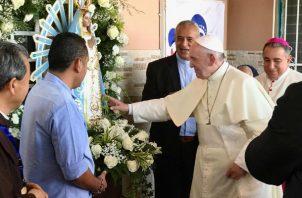 El prójimo también tiene rostros, dijo el papa Francisco a agentes pastorales en Panamá. Foto/Cortesía