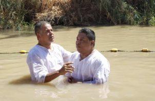 Hugo Enrique Famanía e Icard Reyes se encuentra en una gira en medio oriente organizada por la Embajada de ese país en Panamá. Foto: @contenidopanama