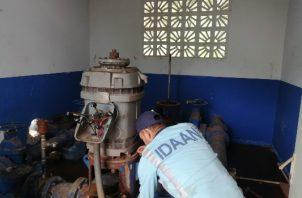 La paralización de esta estación de bombeo dejó sin suministro de agua potable a 4 mil clientes del Idaan en seis barriadas de esta zona de Arraiján.