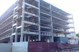 Los municipios podrán dar en concesión la construcción de estacionamientos por un periodo no mayor de veinte años. Foto/Tomada de Internet