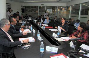 Los diputados aseguran que el proyecto debe estar acompañado de una campaña de información y divulgación.