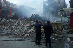 Uno de los incendios consumió en su totalidad el negocio. Foto: Diómedes Sánchez.