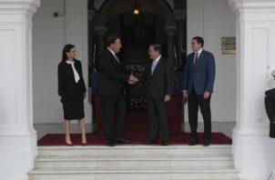 En este primer contacto en el periodo de transición, también participaron los vicepresidentes. Foto de Víctor Arosemena