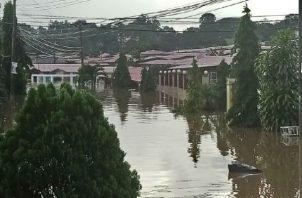 Así quedó Plaza Valencia, residencial ubicado en Panamá Norte, durante el fin de semana. Foto: Cortesía