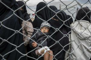 Condiciones peligrosas hacen que campamento en Siria para ex esposas de ISIS propicie radicalización. Foto/ Ivor Prickett para The New York Times.