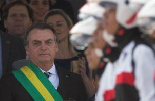 Bolsonaro pretende regresar a Brasilia así que reciba el alta médica, lo que está previsto para el jueves, pero los médicos le recomendaron que guarde por lo menos diez días de reposo.