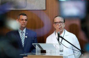 Bolsonaro recordó el viernes, cuando se cumplió el primer año del ataque, que prácticamente nació de nuevo ya que por poco pierde la vida.