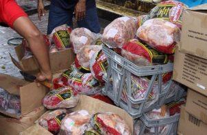 A partir de este año no se contará con la tradicional venta de jamones navideño importados.