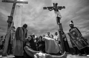 """Todavía retumbaba por todo el cielo, la oración tan profunda y clara del Cristo del Calvario: """"Padre, perdónalos, que no saben lo que hacen"""". Foto: Archivo."""