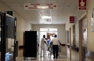 Tras recibir el golpe, el joven fue llevado al cuarto de urgencias del hospital Joaquín Pablo Franco Sayas de la ciudad de Las Tablas, donde se decretó su muerte. Foto/Thays Domínguez
