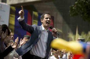 Juan Guaidó fue detenido luego de que el pasado viernes, en otro cabildo abierto en Caracas, se mostró dispuesto a llenar el vacío de poder que -a su juicio- hay en Venezuela. FOTO/EFE