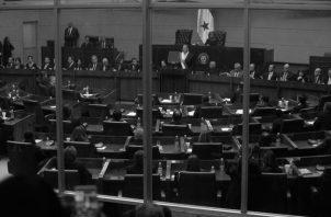 El presidente Juan Carlos Varela el pasado 2 de enero cuando propuso incluir una papeleta adicional en las elecciones del 5 de mayo, para impulsar reformas a la Constitución. Foto Roberto Barrios/Epasa.