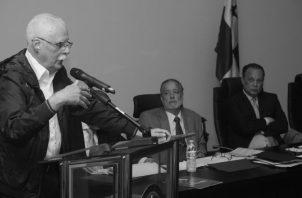 El profesor Juan Jované logró el reconocimiento de lascandidaturas por la libre postulaciónpara la presidencia en el proceso electoral de 2009.