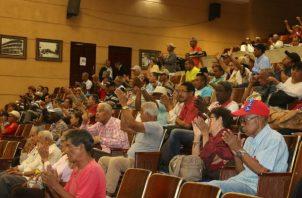 Empresarios están en contra de este proyecto y piden su veto ya que pone en riesgo la inversión directa extranjera y al sector financiero. Foto: Panamá América.