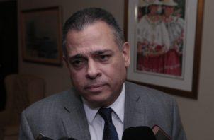 El director de la CSS, Julio García Valarini, indicó que ni en este ni en el próximo año se tocarán las reservas de la institución. Foto: Archivo
