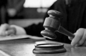 El  eficientismo  judicial  ha  pasado  a  ser  la nota de la conducta y comportamiento  de  nuestros  jueces  y  fiscales,  con  lo  cual quedan sacrificados los derechos sustanciales y garantías que se han consagrado en nuestras constituciones. Foto: AP.