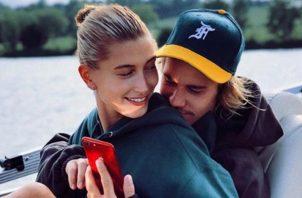 Este acuerdo se ha tornado bastante incómodo para ambos, pues tanto Bieber como Baldwin son religiosos y creen fielmente en el amor para toda la vida.