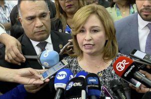 Kenia Porcell y su temor por el movimiento de detectives de la DIJ en el Ministerio Público. Foto: Panamá América.