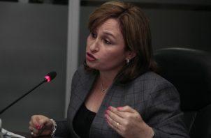 Kenia Isolda Porcell, procuradora de la nación.