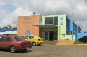 En el distrito de Arraiján, la planta de tratamiento de agua potable de Laguna Alta se encuentra fuera de operación a consecuencia de la alta turbiedad en la toma de agua cruda, ubicada en el Lago Gatún.