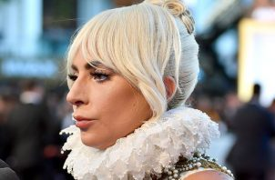 Durante una fiesta, la estrella pop Lady Gaga habló sobre la violación que sufrió cuando tenía 19 años.