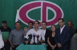 Rómulo Roux aceptó los resultados extraoficiales que le dan el triunfo a Laurentino Cortizo como presidente de Panamá. Foto Víctor Arosemena
