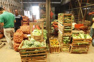 De darse alguna afectación por las lluvias, esperan un aumento en los precios de varias legumbres.