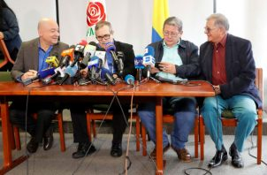 Líderes del partido político FARC rechazan tomar de nuevo las armas. Foto: EFE.