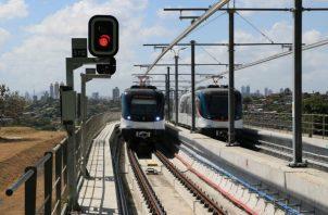 El tramo de la Línea 2 tiene una longitud de 21 kilómetros de vía elevada