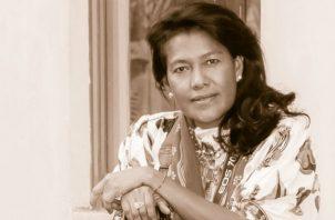 Lois Iglesias. Reconocida profesional de la fotografía. Vernette Colucci