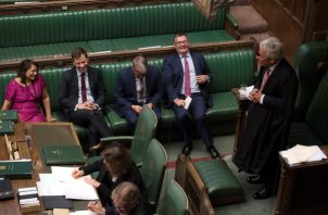 . El primer ministro Boris Johnson perdió una serie de votos esta noche, incluida una votación para una elección anticipada.FOTO/AP