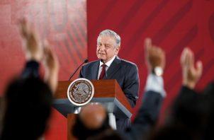 El presidente de México, Andrés Manuel López Obrador, no descartó que haya nuevos cambios en el gabinete tras las renuncias de dos altos cargos en días recientes. FOTO/EFE