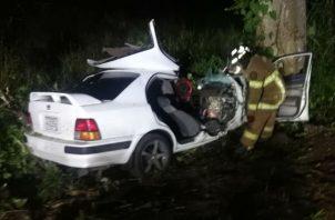 La menor fue llevada en un auto particular a recibir atención médica, y posteriormente hacia la capital en ambulancia.