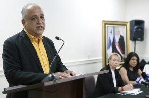 Luis Eduardo Camacho va a recavar evidencias para aportar al proceso.