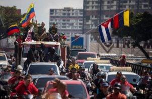 Recientemente un grupo de chavistas llevó a cabo una caravana de lealtad para Nicolás Maduro.